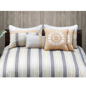 Chapman Queen Comforter Set