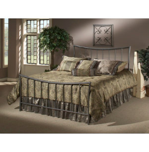 Edgewood Queen Metal Bed