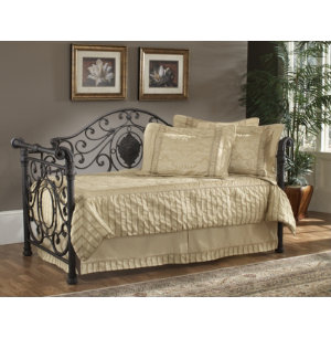 Mercer Daybed With Spring