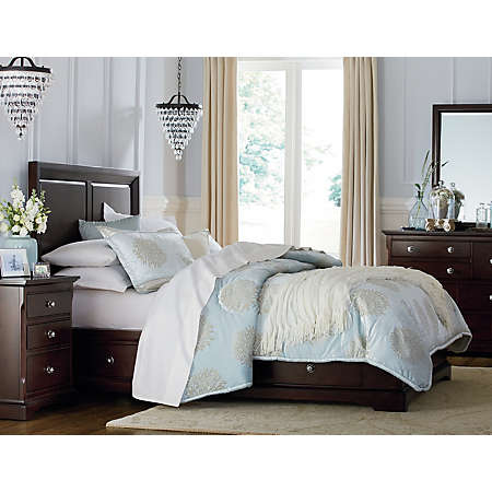 Orleans Merlot Collection | Master Bedroom | Bedrooms | Art Van ...