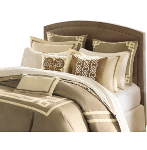Highland Park Queen Comforter