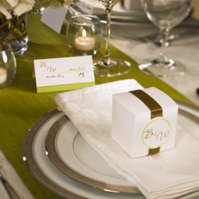 Cards  Weddings on Articles How To Plan A Nifty  Thrifty Wedding   Avery