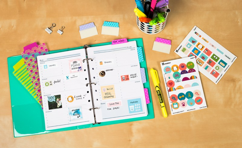Save a bundle by creating your own planner stickers with free printables in the Avery Design & Print software.
