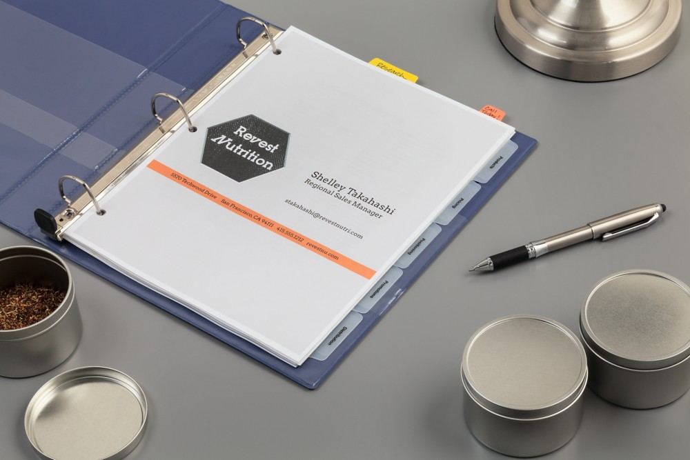 Create your custom presentation with Avery Binders, Avery Index Maker Dividers and Avery Ultra Tabs™