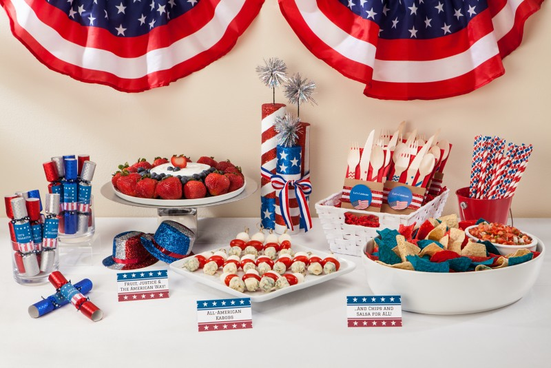 The winning ticket to a fun, festive atmosphere? Patriotic decorations.