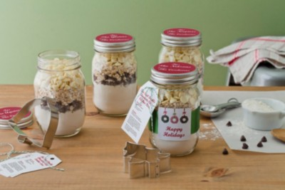 Create a Personalized Cookie-In-A-Jar Gift