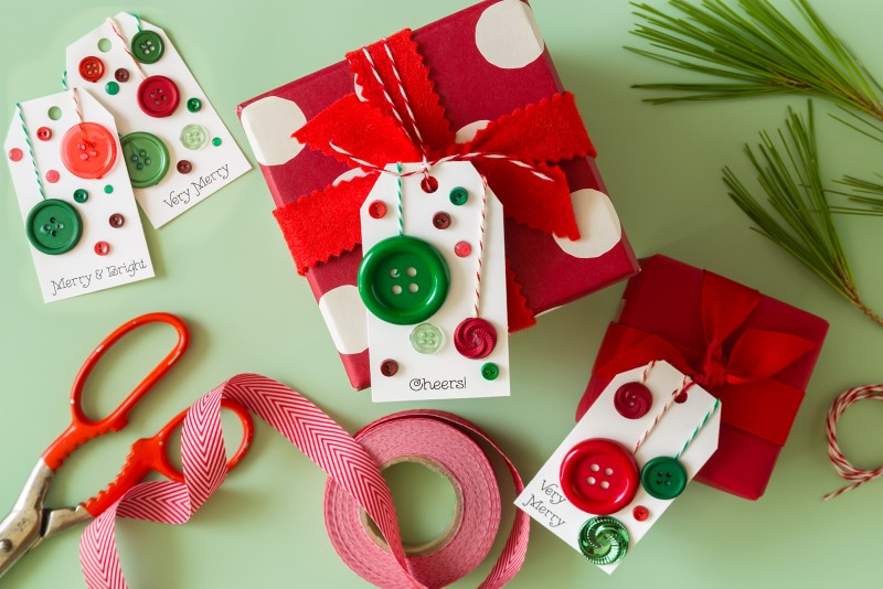 Gift Tags with Buttons