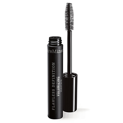 Flawless Definition™ Volumizing Mascara in black