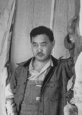Black and white picture of George Nakashima