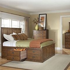 Oak Ridge Bedroom Collection