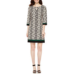 Studio 1® 3/4-Sleeve Diamond Printed Shift Dress
