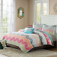 Mi Zone Emma Chevron Striped Quilt Set + BONUS Decorative Pillow