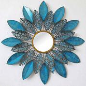 Petaled Mirror