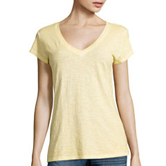 a.n.a® Relaxed Fit V-Neck T-Shirt