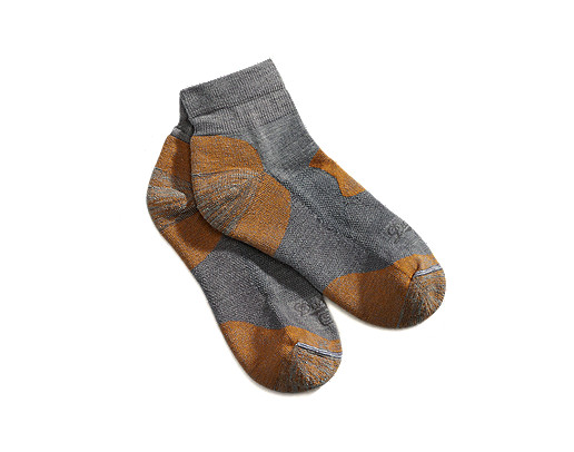 photo: Danner Hiker Light Weight Quarter Crew Socks