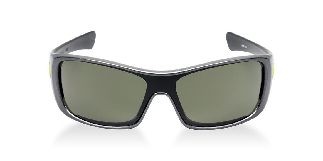 Image for OO9077 from Sunglass Hut Australia   Sunglasses for Men, Women & Kids