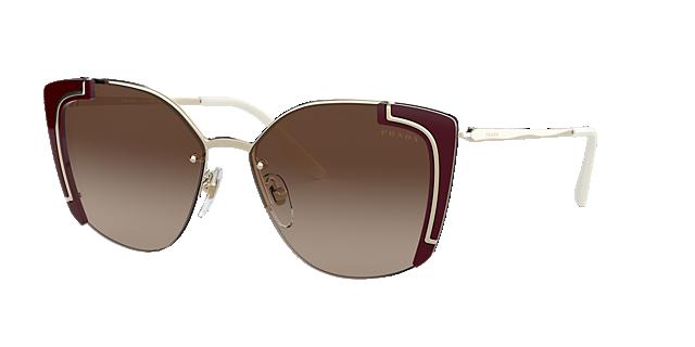 daac4d22f24d3 Os óculos de sol mais desejados da Prada Sunglass Hut