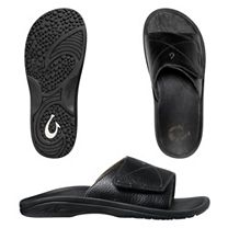 OluKai 'Ohana Leather Slide