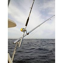 Rupp Marine Rod Holder Mount Outrigger Base w/pair of 15' Telescoping Outrigger poles