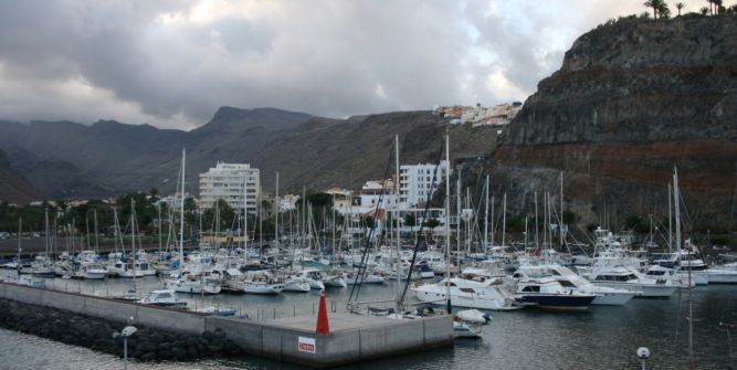 The dock in Gomera.