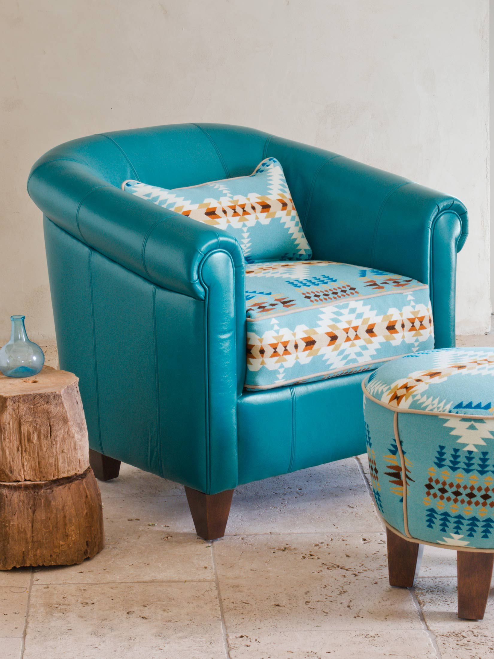 Daltry Pendleton Teal Leather Chair