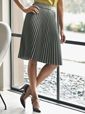 Broadway Blend Pleat Skirt
