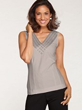 Sweet Pleat Knit V-neck Top