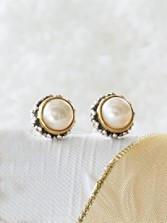 Pearl Goldplate Post Earrings