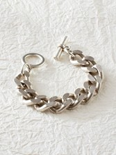 Bevel Chain Toggle Bracelet
