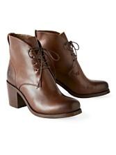 Kendall Chukka Boots