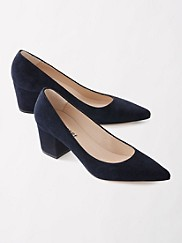 Christy Classic Pumps