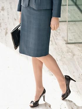 Fine Line Madison Skirt