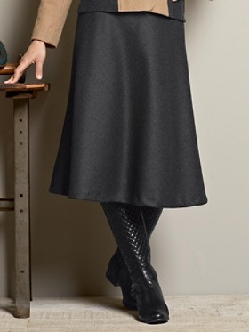 Worsted Wool Flannel Bias Skirt