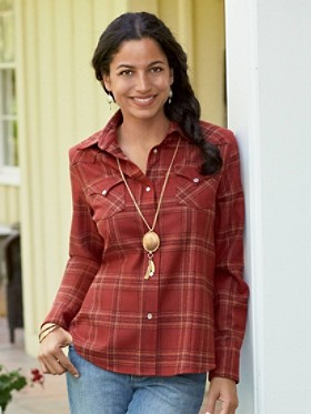 Fitted Plaid Snap Shirt