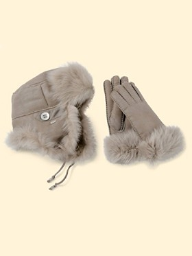Sheepskin Hat And Gloves Set
