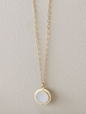 Milk Intaglio Necklace
