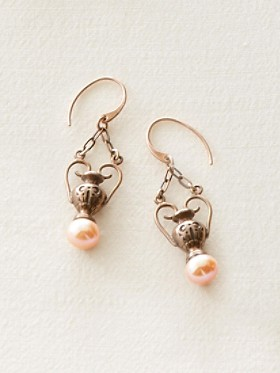 Greek-urn Pearl Earrings
