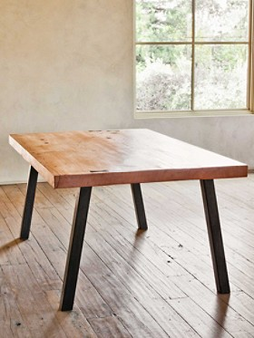 Fir Bow Table