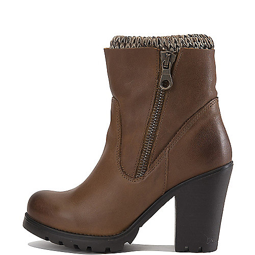Steve Madden Sweaterr Ankle Boots Brown