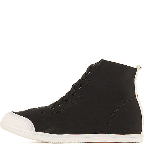 Liliana Capricorn-1 Casual Sneakers Black