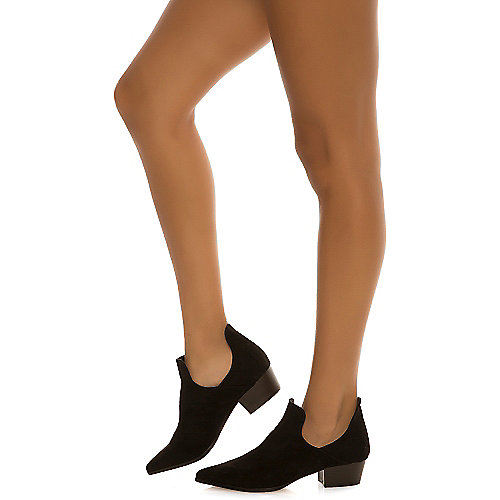 Cape Robbin Aria-5 Dress Shoe Black Low Heel Shoes