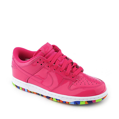 Nike Womens Dunk Low