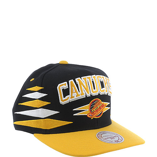Mitchell and Ness Vancouver Canucks Cap