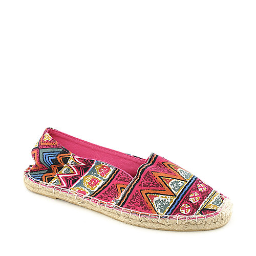 Bamboo Dominic-01Y Fuschia Flat Shoes