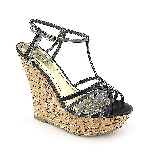 Bamboo Smooch-21 Black Platform Shoes