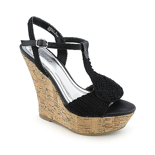 Bamboo Smooch-17 Black Platform Shoes