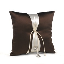 Country Charm Ring Pillow