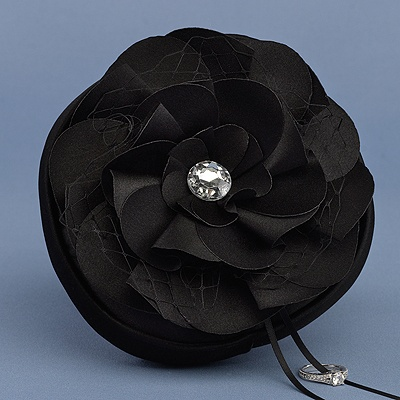 Floral Glam Ring Pillow - Black