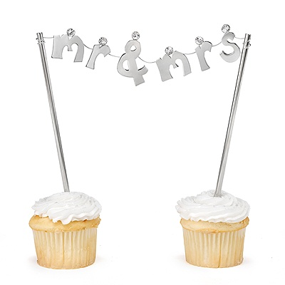 Mr. & Mrs. Banner Cake Top