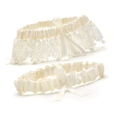 Sentimental Lace Wedding Garter